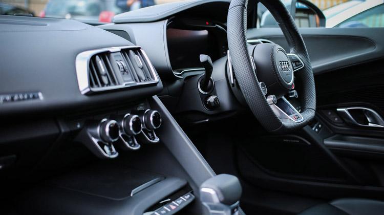 lyft premier car requirements